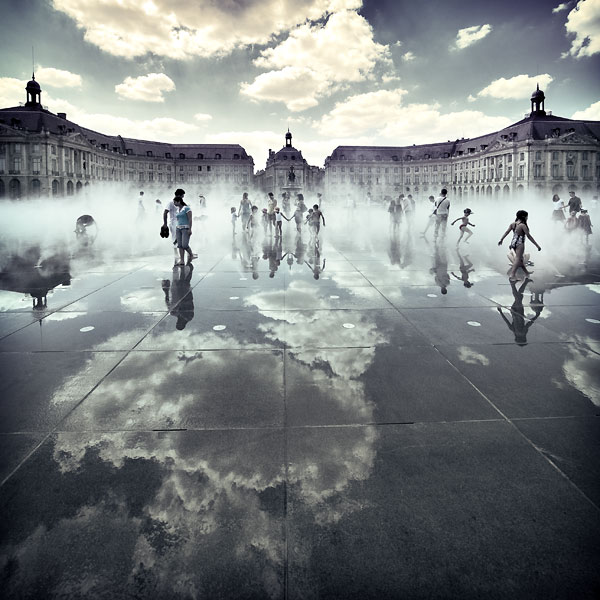 30 Beautiful Examples of Surreal Photography