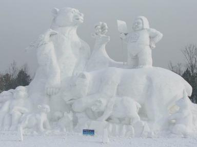 amazing-sculpture-made-from-snow.jpg
