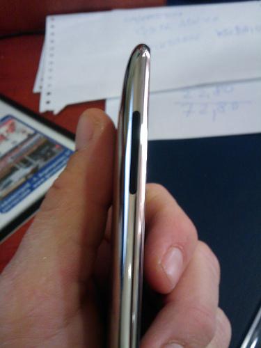 Apple iPod Touch II Gen - Volume control keys