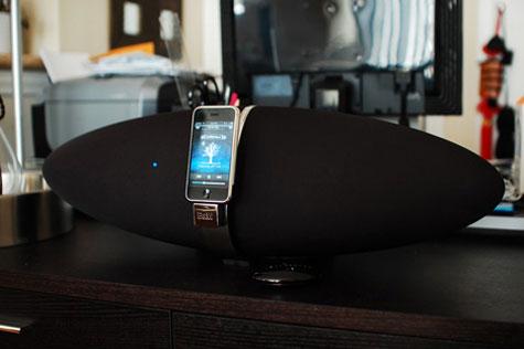 B&W Zeppelin iPod Speaker » image 4
